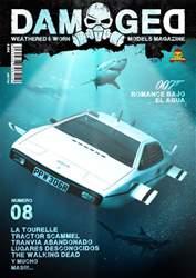 Damaged Español Magazine Cover